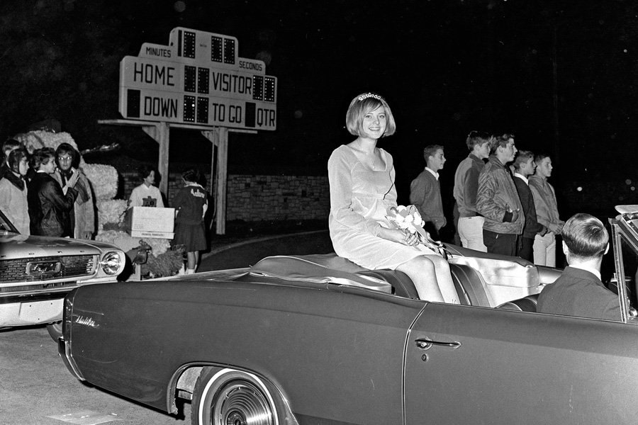 1966-1967-Homecoming-12.jpg