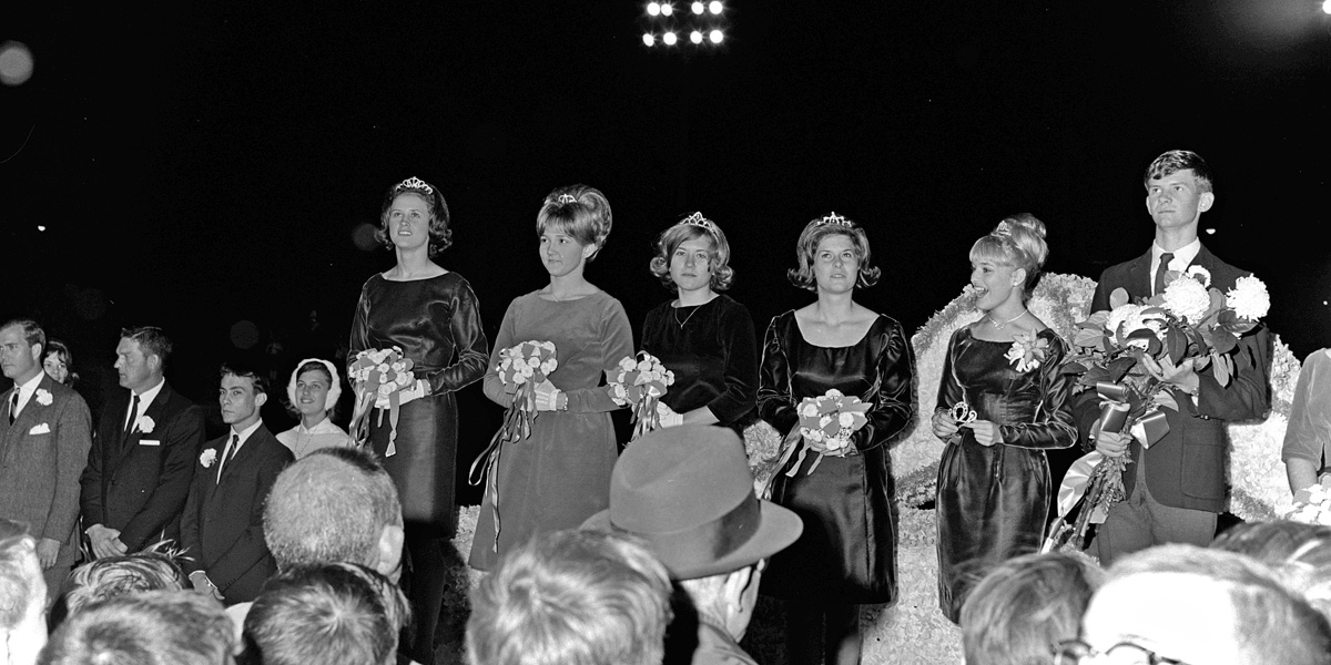 1966-1967-Homecoming-19.jpg