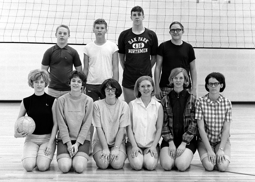 1967-1968-Volleyball-11.jpg