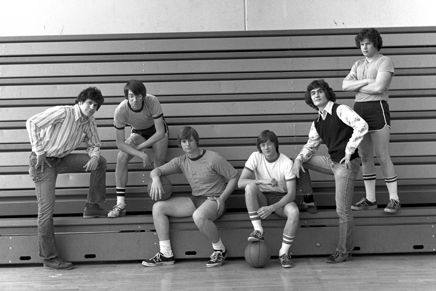 1973-1974-IntramuralBasketball-02.jpg