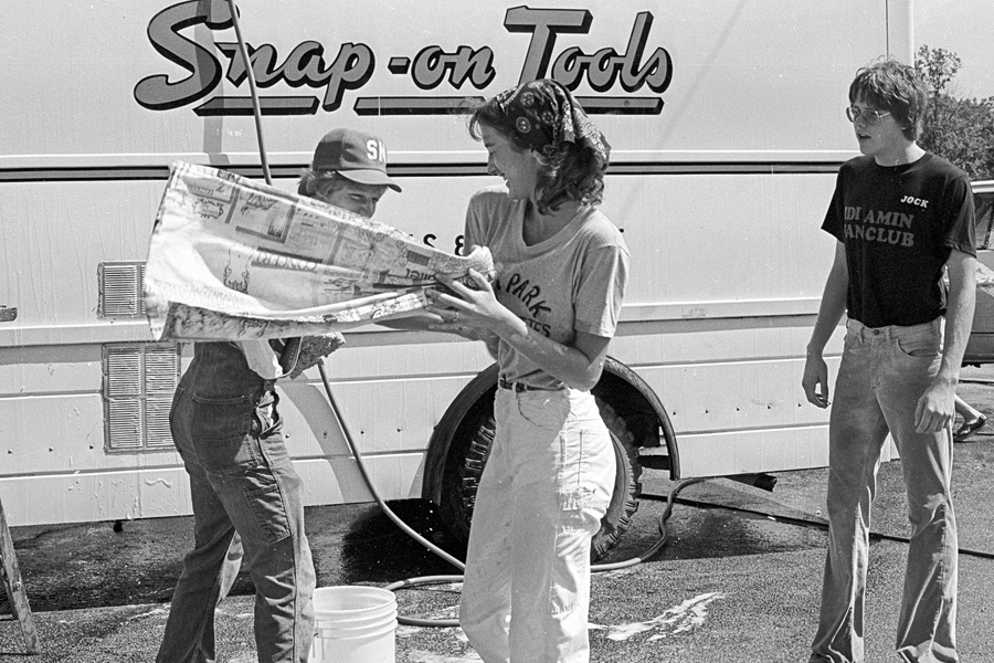 1977-1978-Stuco-CarWash-17.jpg