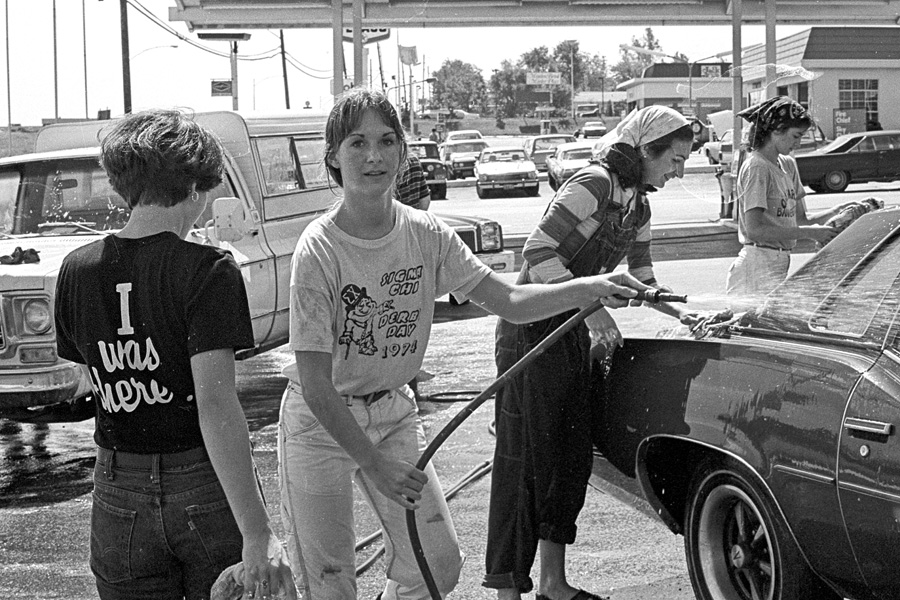 1977-1978-Stuco-CarWash-18.jpg