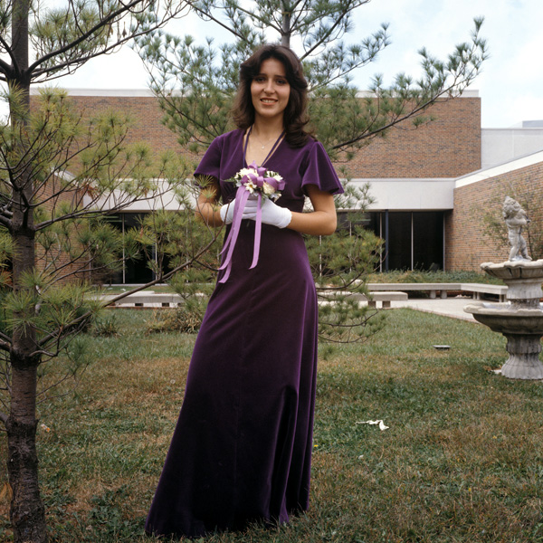 1978-1979-HomecomingQueen-04.jpg