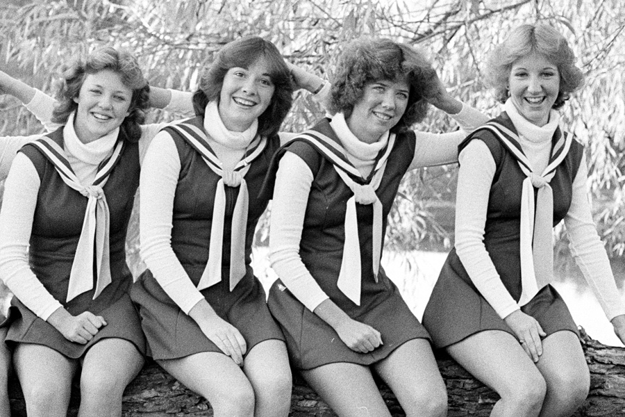1979-1980-Cheerleaders-17.jpg