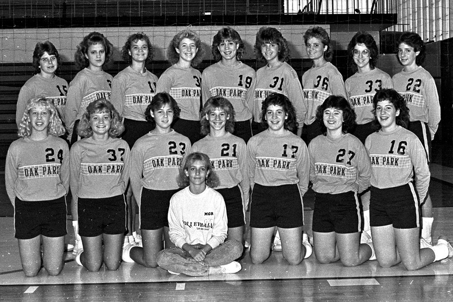 1986-1987-Volleyball-04.jpg