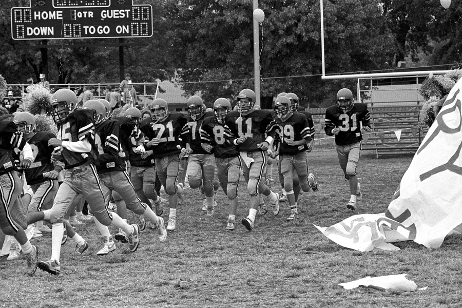 1987-1988-Homecoming-09.jpg