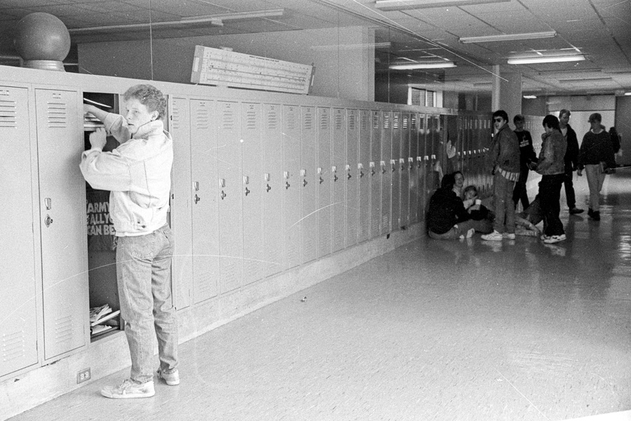 1987-1988-NewLockers-06.jpg