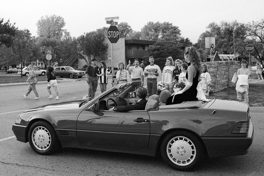 1992-1993-HomecomingParade-04.jpg