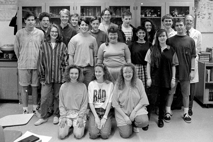 1992-1993-ScienceClub-01.jpg